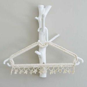 http://ideasmag.co.za/craft-decor/crochet-hanger/