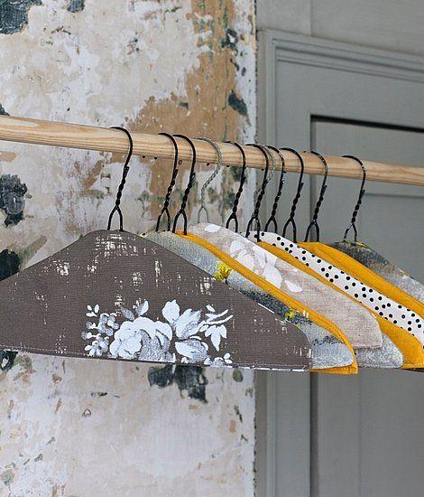 http://www.casasugar.com/Home-Decor-DIY-Projects-2010-10-08-090027-11365361