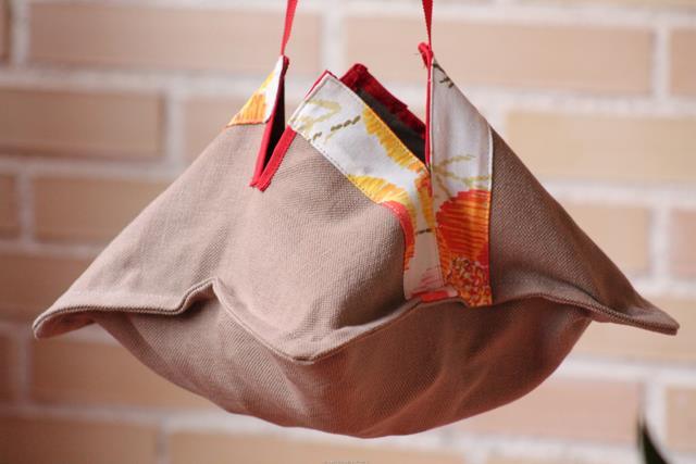 Mis soluciones pangala hacer una bolsa para las pinzas for Bolsas para guardar ropa