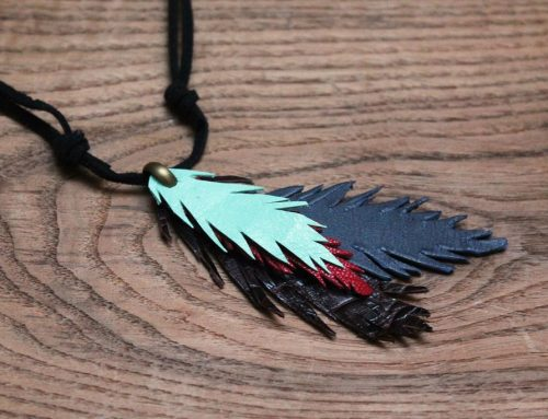 diy: collar de plumas de vaca