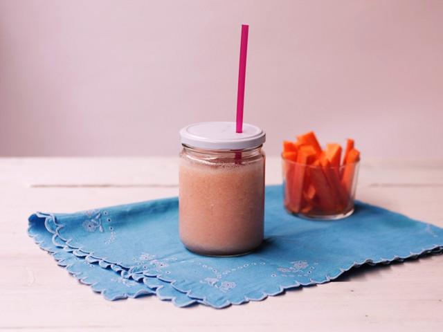 batido sano de pomelo piña y agua de coco pángala